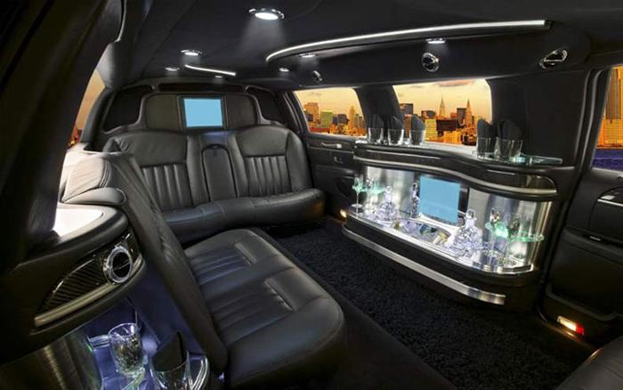 limo_lincoln_interior.jpg