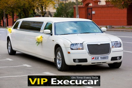 Hollywood wedding limo